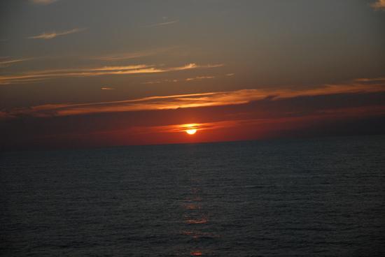 tramonto nell'adriatico a largo di ANCONA (2784 clic)