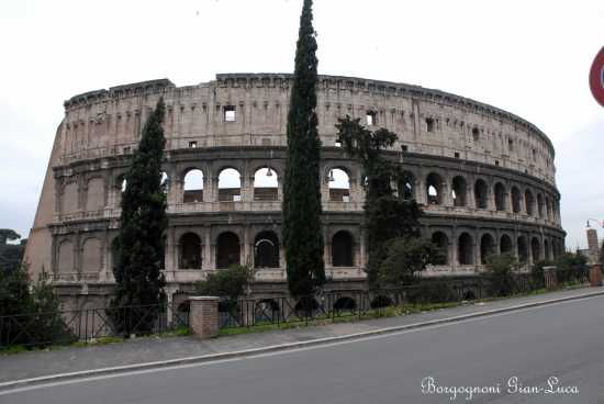 COLOSSEO    - Roma (2838 clic)