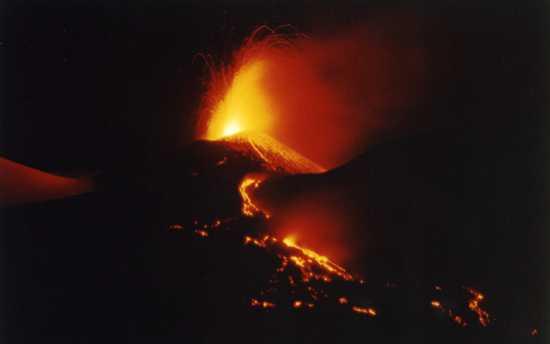 eruzione ETNA (2567 clic)