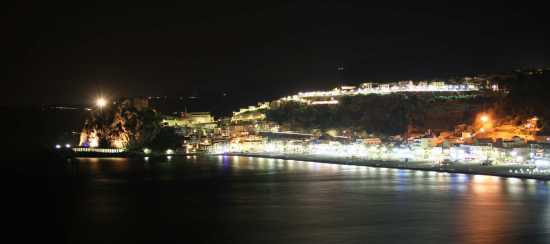 scilla panorama notturno (2727 clic)