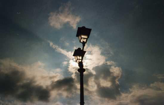 lampioni piazza scilla (2330 clic)
