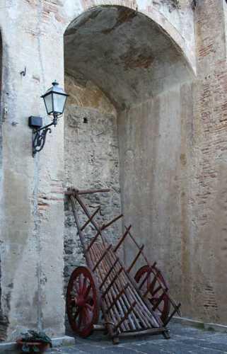 carretto nel castello scilla (2435 clic)
