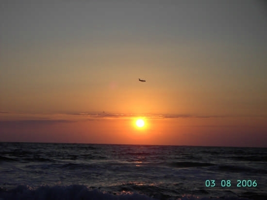 Aereo al tramonto - Terrasini (5819 clic)