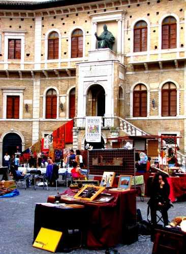 Palazzo Pinacoteca - Fermo (2535 clic)