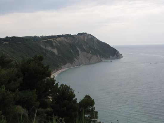 Mezzavalle - Sirolo (2139 clic)