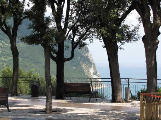 Balcone di Sirolo (4768 clic)