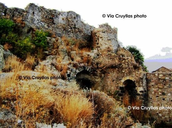 Castello Arabo-Normanno (IX sec.)  - Calatabiano (5378 clic)