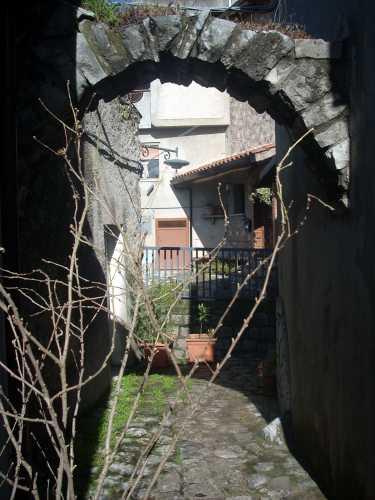 portale - Rotonda (1924 clic)