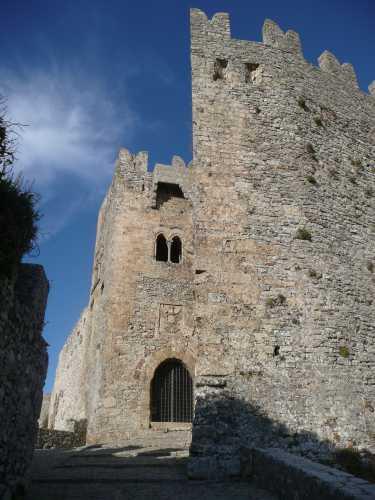 Erice  (TP) Castello di Venere (3799 clic)