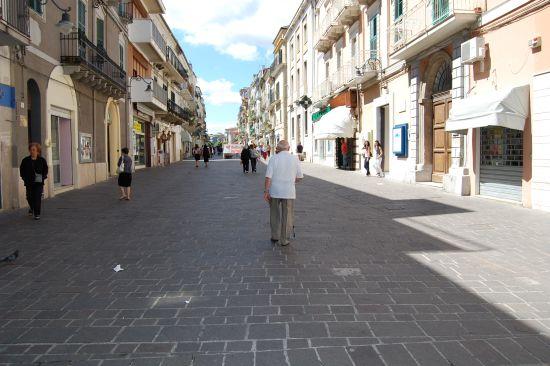 Passeggiata al Corso - Ortona (2462 clic)