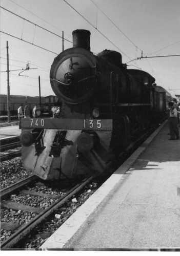 Una vecchia locomotiva 740 in B&N - Roccasecca (2410 clic)