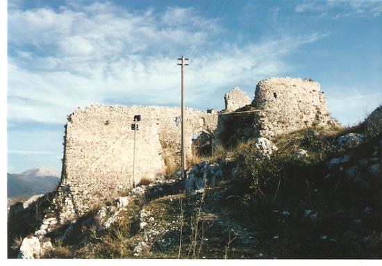 Il castello dei Conti di Aquino - Roccasecca (3100 clic)