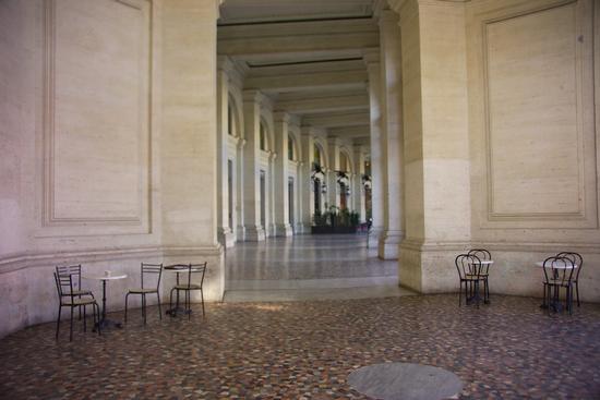 I portici di sinistra di Piazza della Repubblica - Roma (1595 clic)