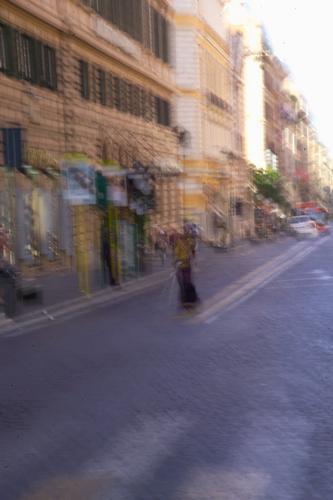 Finta mendicante si avvia al lavoro - Roma (1245 clic)