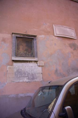 la Madonnella di via Baccina - Roma (1740 clic)