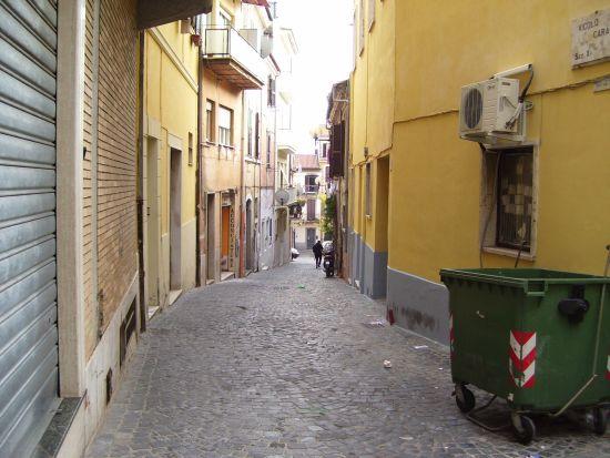 Via Portella - Velletri (1121 clic)