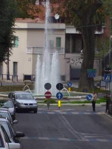 Piazza Garibaldi - Velletri (2445 clic)