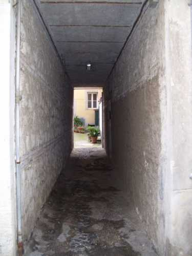 Vicoletto che porta in un cortile - Velletri (2186 clic)