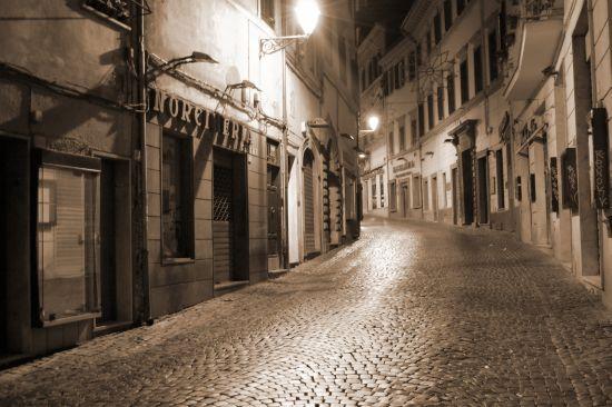 La città di notte - Velletri (6583 clic)