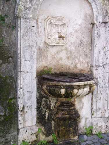 Fontanella - Velletri (2176 clic)