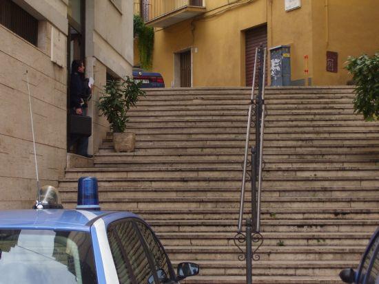 La scala del Commissariato di Polizia - Velletri (1195 clic)