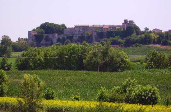 Il castello di Pozzolengo - Lago di Garda (3744 clic)
