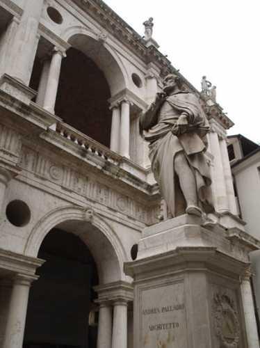 Pensieri palladiani - VICENZA - inserita il 04-Aug-09