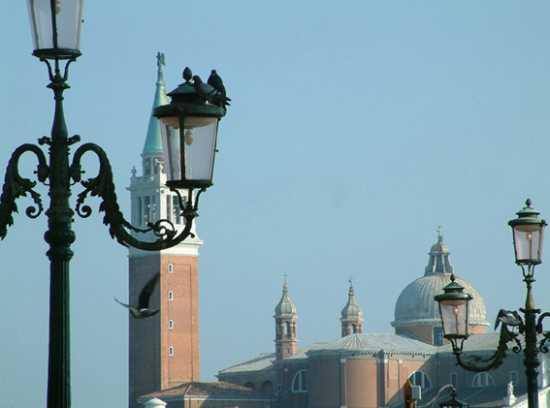 cupole e lampioni - Venezia (2349 clic)