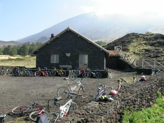 rifugio galvarina 2 - Etna (5711 clic)
