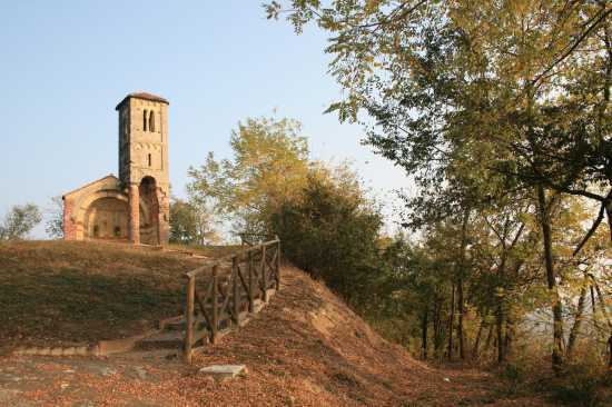 chiesetta - Montemagno (1846 clic)