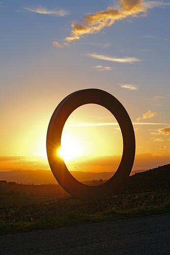 Sole nel cerchio - Volterra (1309 clic)