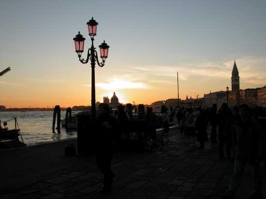Tramonto veneziano (2364 clic)