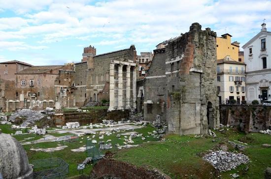 VIA DEI FORI IMPERIALI - Roma (724 clic)