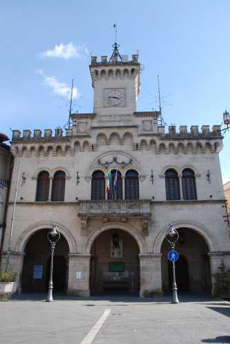 Palazzo Comunale. - Fiuggi (2347 clic)