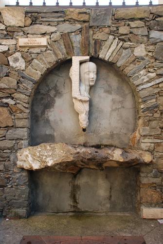 Fontana a Manarola..  (2068 clic)