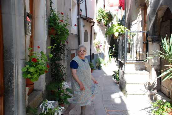 Donna - Pacentro (2459 clic)