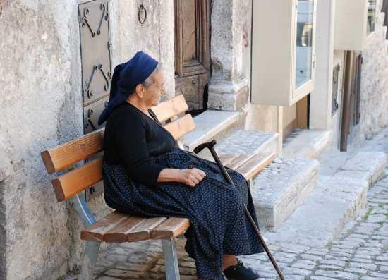 Donna di Scanno (3340 clic)