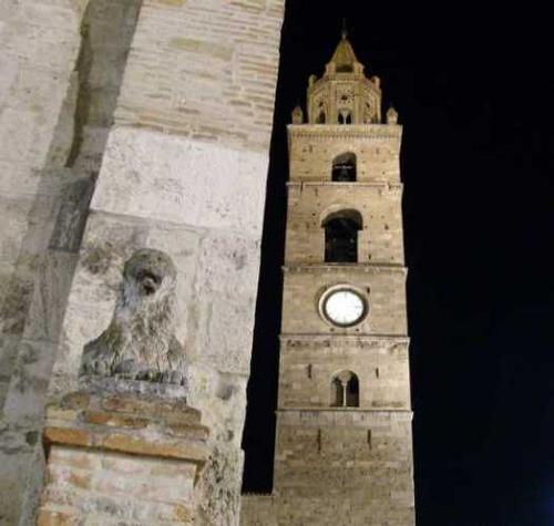Torre del Duomo di San Berardo - Teramo (2834 clic)