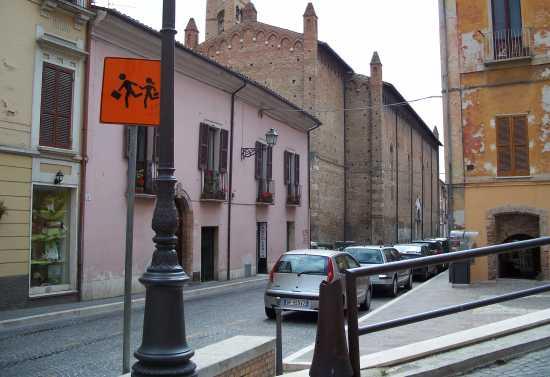 Corso Porta Romana & Chiesa di San Domenico - Teramo (3152 clic)