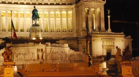 altare patria nyght - Roma (1978 clic)