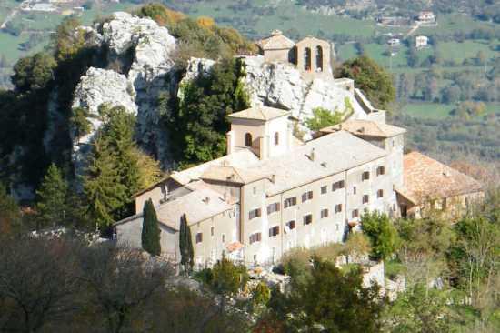 Monastero della Mentorella - Guadagnolo (4756 clic)