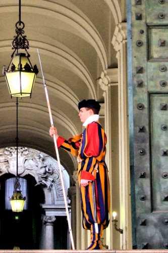 Guardia svizzera - Roma (2430 clic)