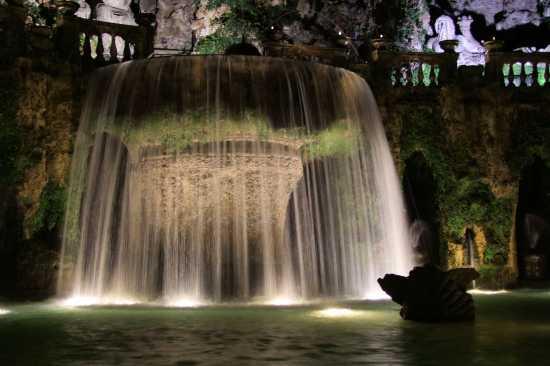 Villa d'Este: fontana dell'Ovato - Tivoli (2940 clic)