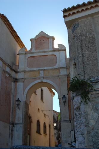 porta - Gerace (1798 clic)
