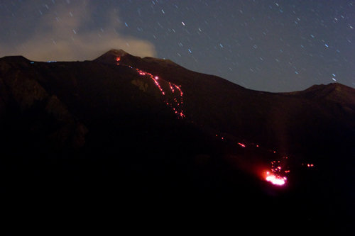 Etna - Eruzione 2006 (3110 clic)