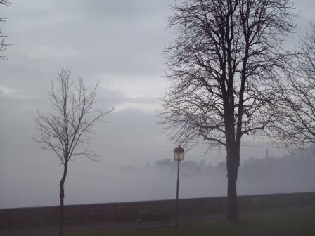 Nebbia e colli di Città Alta  - Bergamo (3519 clic)