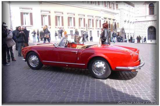 Una bella macchina   - Roma (1316 clic)