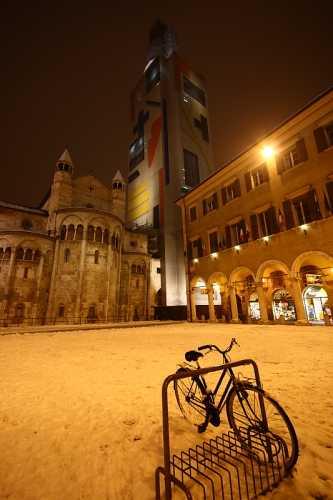 Piazza Grande con neve - Modena (5590 clic)