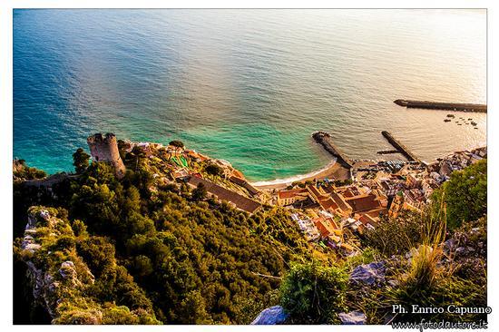Torre delle Ziro - Pontone e Amalfi - Costiera Amalfitana - foto di  Enrico Capuano (299 clic)