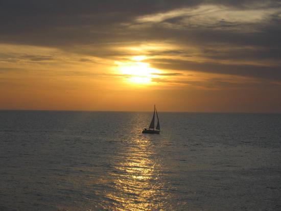 Rientro ... al tramonto! - Gallipoli (2138 clic)